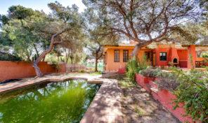 Massive Villa with Private Pool and huge plot in Los Balcones.  Ref:ks1942