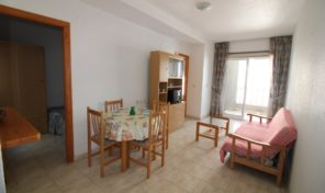 Great Bargain! 2 bedrooms Apartment with Communal Pool in Torrevieja.  Ref:ks1952