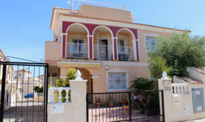 Amazing Top Floor Bungalow in La Zenia.  Ref:ks1953