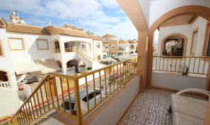 Great Top Floor Bungalow with Solarium in Torrevieja.  Ref:ks1968