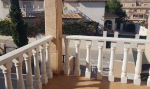 Superb Investment!!! Top Floor Bungalow in La Zenia.  Ref:ks1989