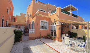 Great Bargain. Quad Villa in Villamartin.  Ref:ks2016