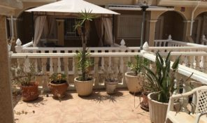Lovely Townhouse with large garage in Playa Flamenca.  Ref:mks2014