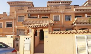 REDUCED!!!! Townhouse with Private Pool in Villamartin.  Ref:ks2025