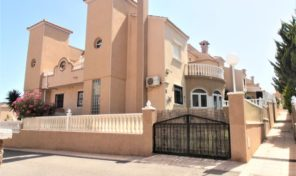 Large Quad Villa in Villamartin.  Ref:ks2021