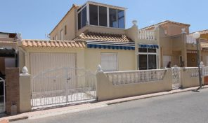 Lovely Townhouse with Garage in Torrevieja.  Ref:ks2040