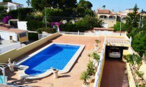 5 Bedrooms Semi-Detached Villa with Pool in Los Balcones.  Ref:ks2065