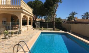 Villa only 100m from the Beach in Cabo Roig.  Ref:mks2055
