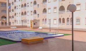 Super OFFER! 2 bedrooms Apartment near beach in Torrevieja.  Ref:ks2096