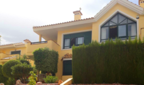 Luxurious Top Floor Bungalow in Villamartin.  Ref:mks2084