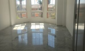 1st Line Renovated Apartment in Torrevieja.  Ref:mks2112