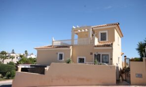Large Detached Villa with in Villamartin. Ref:ks2093