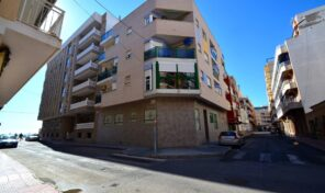 OFFER! Apartment 50 m from Los Locos Beach in Torrevieja.  Ref:mks2081