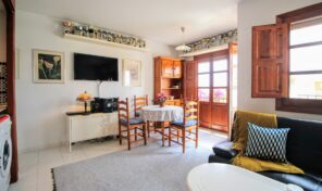 OFFER! South Facing Apartment in Villamartin.  Ref:ks2120