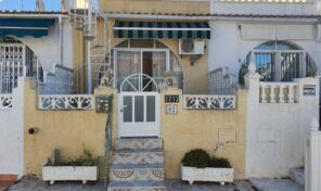 REDUCED!!BARGAIN! 2 Bedrooms English Bungalow in Torrevieja.  Ref:ks2138