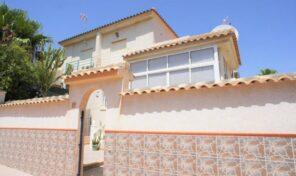 Offer! Lovely Quad Villa in Los Altos.  Ref:ks2150
