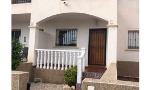 Offer! Townhouse with 3 bedrooms in Punta Prima.  Ref:ks2174