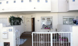 Great Offer! Beachside Townhouse in Cabo Roig.  Ref:ks2159