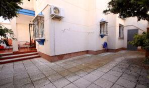 OFFER! Ground Floor and Corner plot Bungalow in La Zenia.  Ref:ks2157
