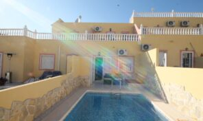 Amazing Townhouse with Private Pool in Villamartin.  Ref:mks2139