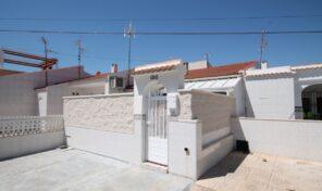 Offer!!! 2 Bedrooms Townhouse in Torrevieja.  Ref:ks2137