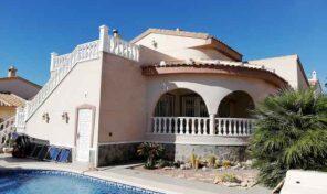 South Facing Villa with Private Pool in Quesada.  Ref:ks2156