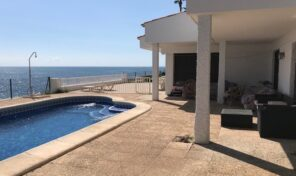 Amazing 1st Line Villa with Private Pool in Torrevieja.  Ref:ks2194