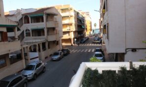 Only 200m from the Beach Apartment in Torrevieja.  Ref:ks2232