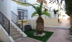 OFFER!!! Fully Renovated Ground Floor Bungalow in Villamartin.  Ref:ks2240