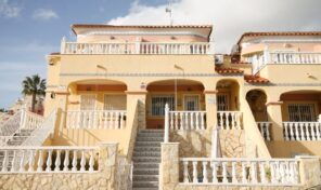 Great South Facing Townhouse in Villamartin.  Ref:ks2239