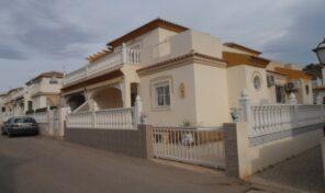 OFFER! South Facing Quad Villa in La Zenia.  Ref:ks2224