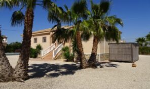Amazing Villa with Massive Plot and Private Pool in Catral.  Ref:ks2271