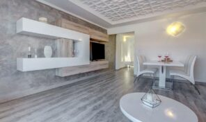 Amazing Fully Renovated 1st Line Penthouse in Torrevieja.  Ref:ks2265