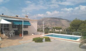 Fantastic Villa with Private Pool in Hondón de las Nieve