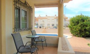 OFFER! Semi Detached Villa with Large Private Pool in Playa Flamenca.  Ref:ks2263