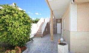 BEST PRICE! Semi- Detached Villa next to Carrefour in Torrevieja.  Ref:ks2302