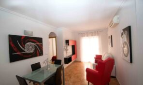 Lovely Refurbished Apartment with Pools in Torrevieja.  Ref:ks2297
