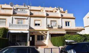 Bargain! South Facing Townhouse in Villamartin.  Ref:mks2286