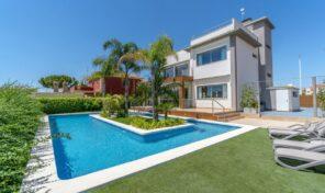 Amazing Luxury Modern Villa with Private Pool in La Zenia.  Ref:ks2294