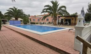 Reduced!! Large Detached Villa with Private Pool in La Hoya, Elche.  Ref:mks2304