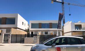 New Modern Townhouse with Communal Pool in Villamartin.  Ref:ks2342