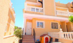 Offer! Semi-Detached Villa with Garage/Under Build in Villamartin.  Ref:ks2364