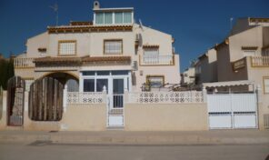 Great 4 bedrooms Semi-Detached Villa in La Zenia.  Ref:ks2360