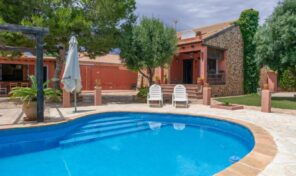 REDUCED! Great Rustic Villa in La Zenia.  Ref:ks2337