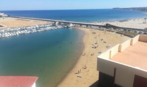 OFFER! 1st Line Large Apartment in Torrevieja.  Ref:mks2344