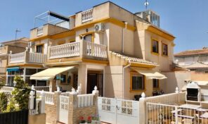Amazing Quad in heart of Playa Flamenca.  Ref:ks2353
