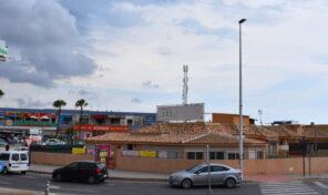 Opportunity!!! Villa for Sale in La Zenia, great for Business premises.  Ref:mks2386