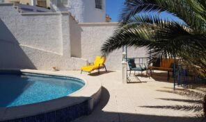 Lovely Villa with Pool & Garage in La Marina. Ref:mks2391
