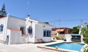 Great One Level Villa with Pool in La Zenia.  Ref:mks2373