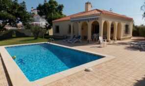 Great Villa with Private Pool in Torreta Florida, Torrevieja.  Ref:ks2404